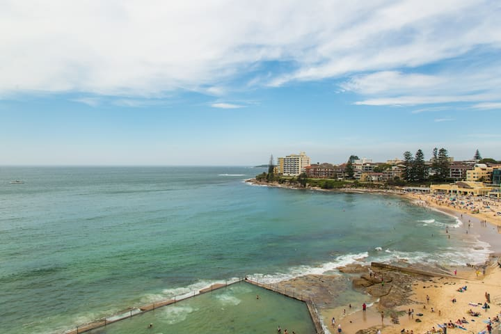 Panaramic Ocean Front Views - Cronulla - Apartment
