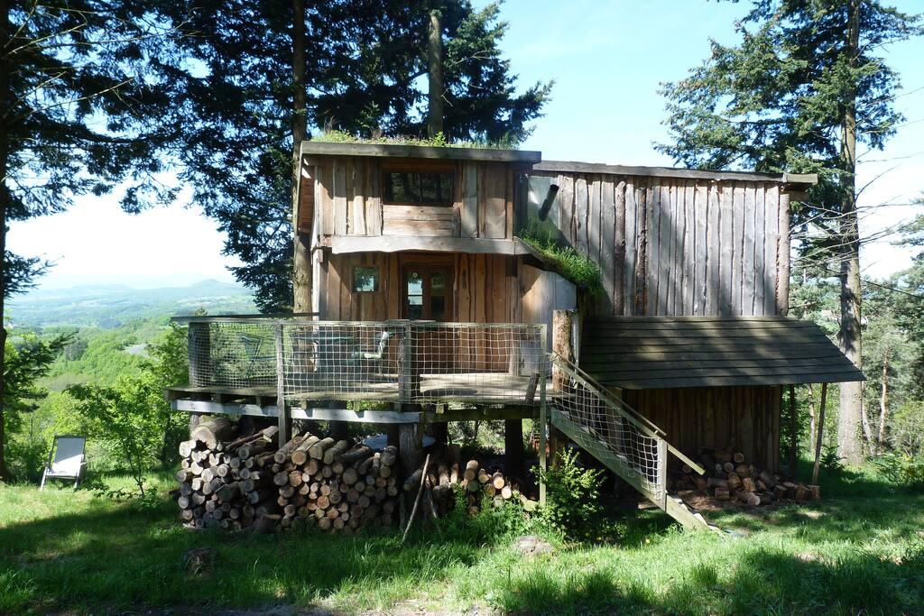 La cabane côté forêt avec...
