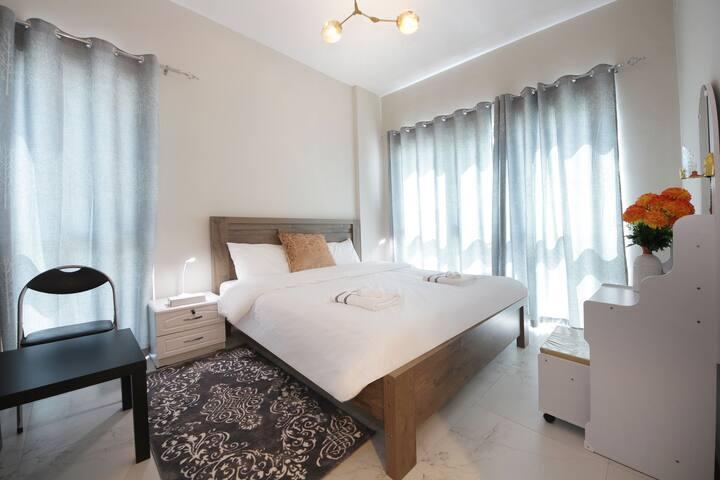 Stunning 2 Bedroom Apartment,Dubai South 1