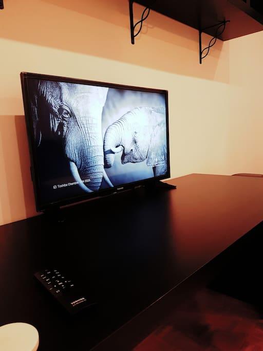 TV 32'' HD avec ChromeCast