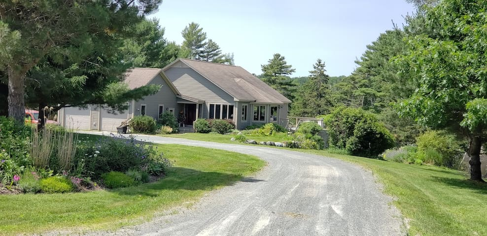 173 Pioneer Farm Way