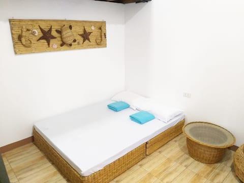 (Balai 4) ZamBalai Guesthouse - Cozy beach house