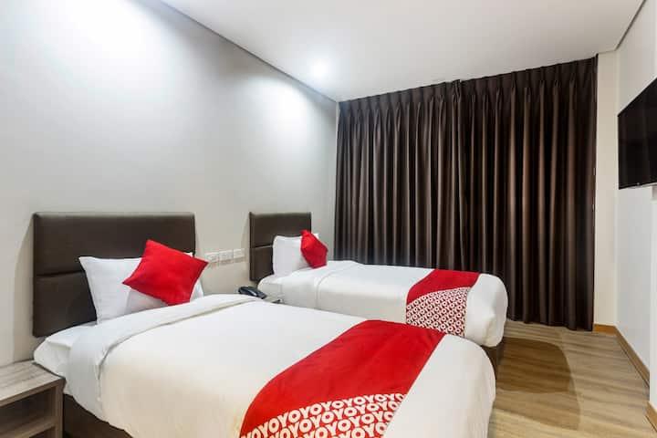 Standard Twin Stay @ Airo Hotel
