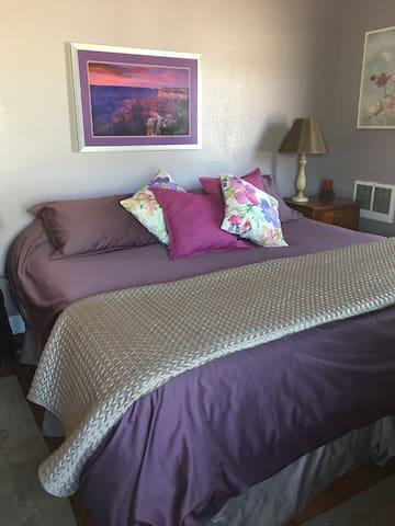 New King sized TempurPedic mattress.