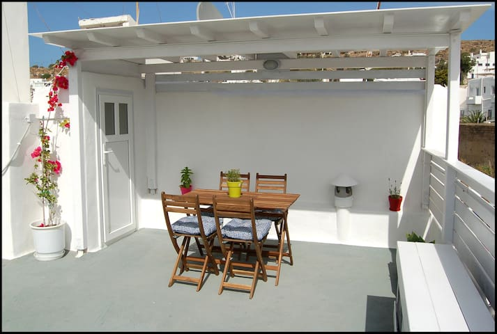 Marianna's House in the center of Mykonos Town