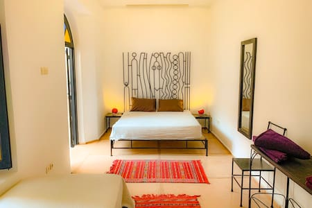 Suite room whit free cooking class experience.