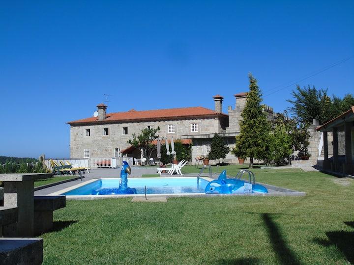 Casa do Castelo de Fermedo