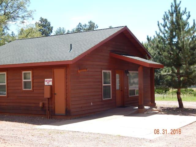 Pine Creek Cabins...Cabin 4...Emory