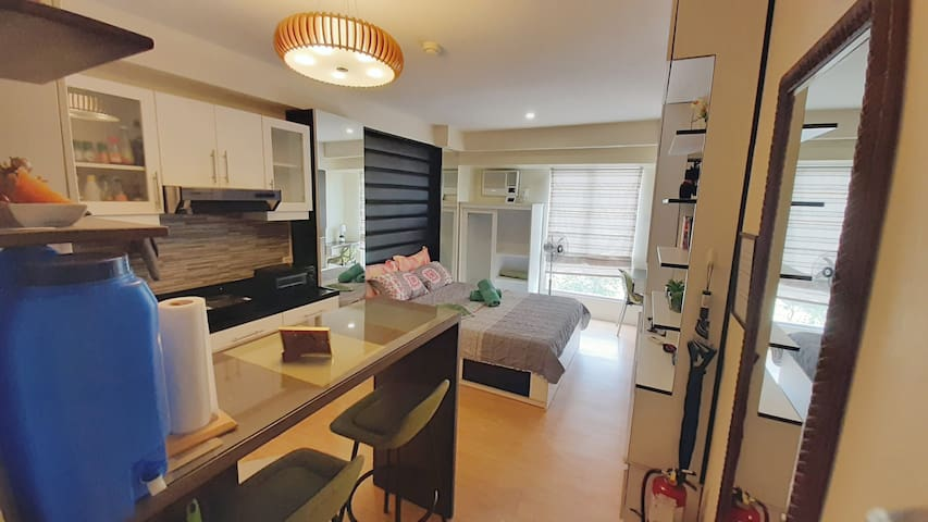 Bright One Bedroom at Cebu IT Park