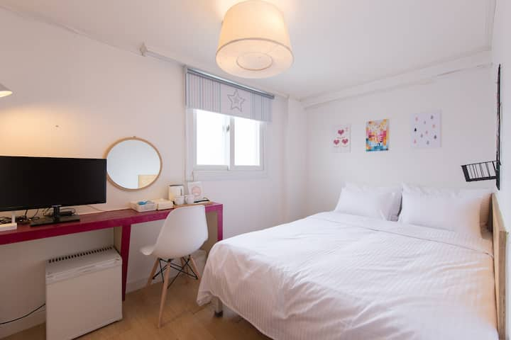 45)Cozy house nearby Dongdaemoon and Myeongdong
