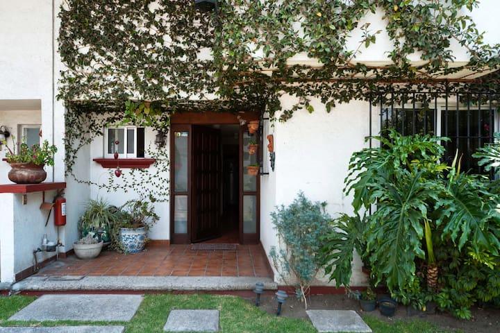 Habitación y estudio con TV - Mexico City - Bed & Breakfast