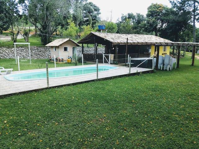 CARNAVAL-SITIO-piscina-15 hóspedes-5km de São Luiz