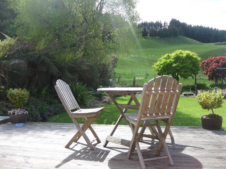 Sawyers Bay B&B - Homestay Rooms