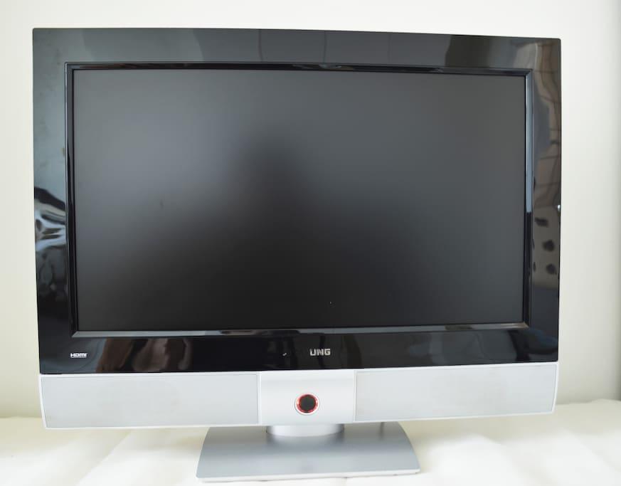 液晶電視機