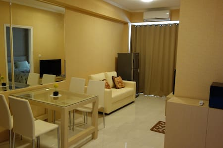 1BR apartment! GREAT PLACE & VIEW! - South Tangerang - Apartmen