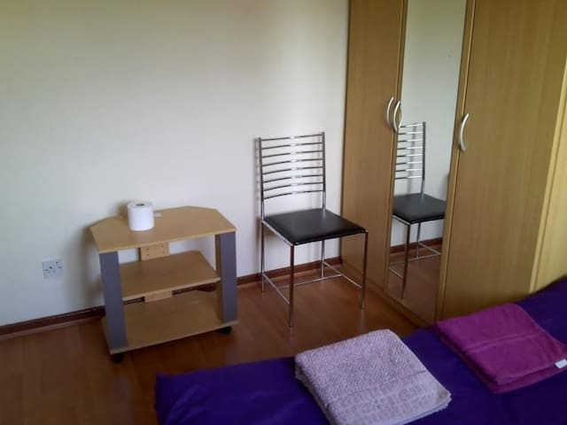 simple room  in zone2 close to the city centre
