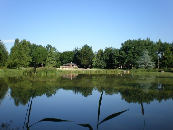 Chalet avec étangs de pêche privés