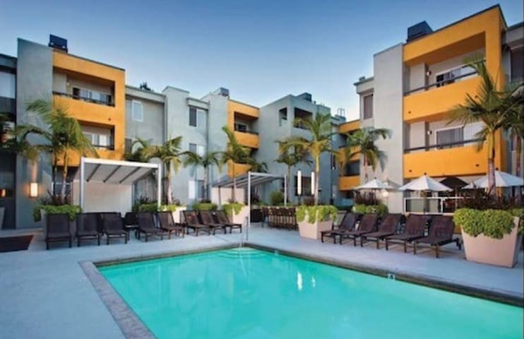 LUXURY 2BEDS APT IN WEHO - West Hollywood - Flat