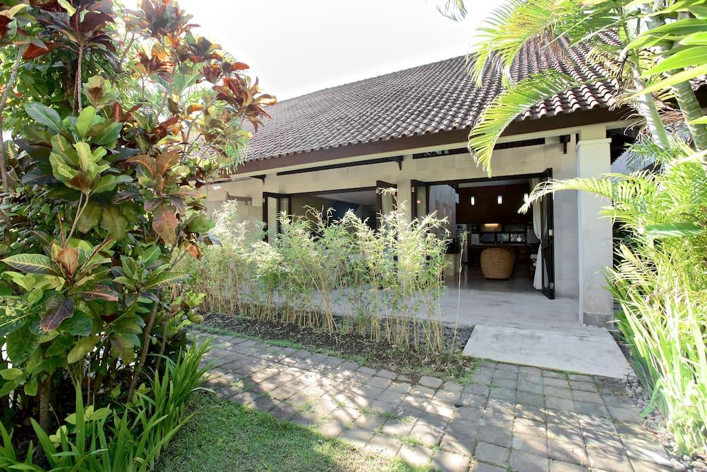2 BDRM Sayang Taman Villa 4