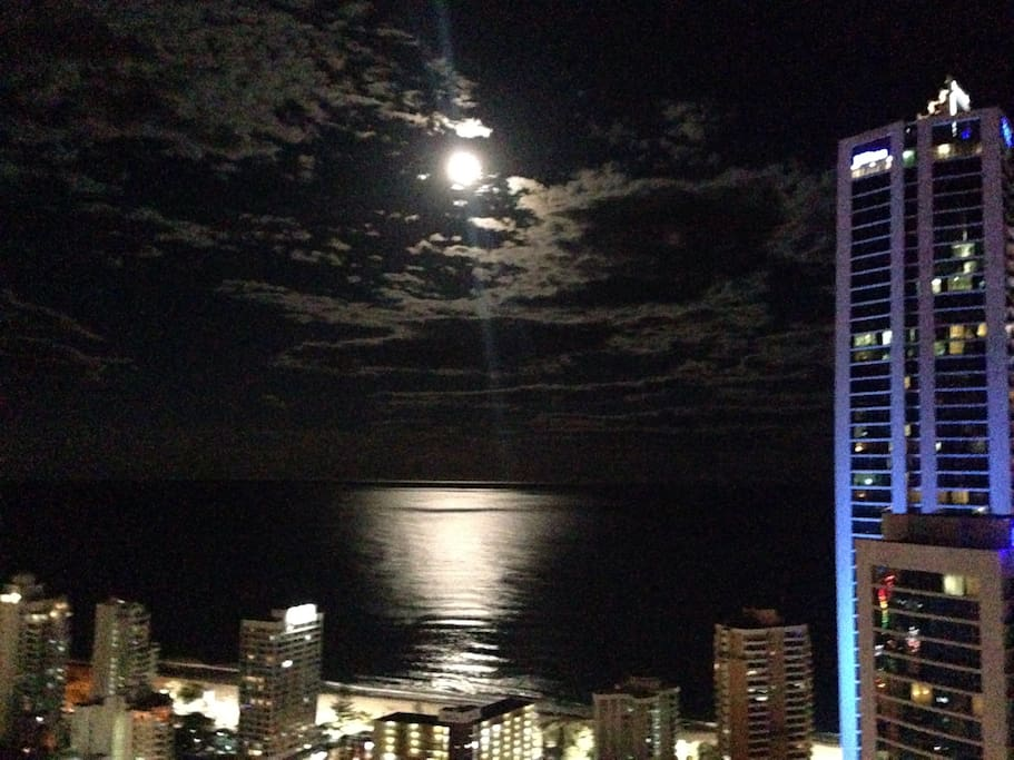 Wicked moonlit view.