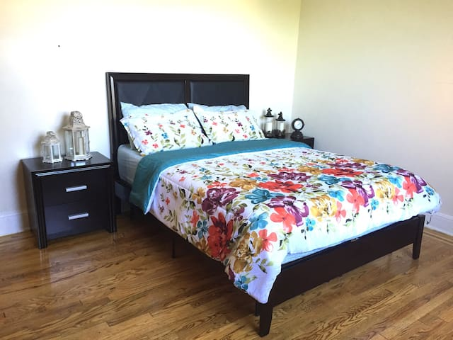 Beautiful apt! 15 minutes to Times Square! - Queens - Appartement