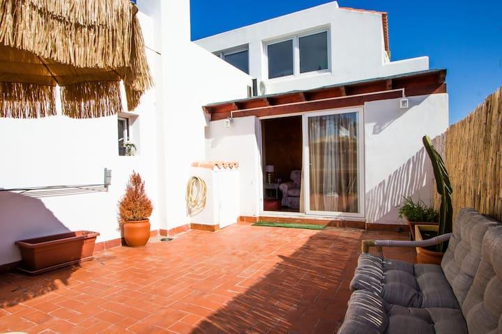 Cool apartment in playa den bossa - Sant Josep de sa Talaia - Huoneisto