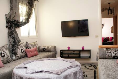 With family, friends or for a romantic stay, this apartment nicely decorated open you its doors
