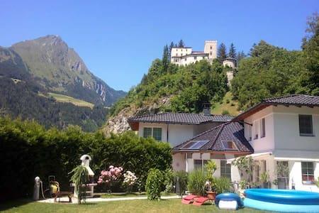 Ferienwohnung Schloß Weißensteinstr - Matrei in Osttirol