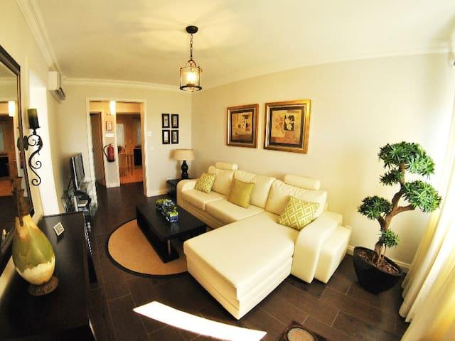 Apartmentos 3 Praias - Yosep