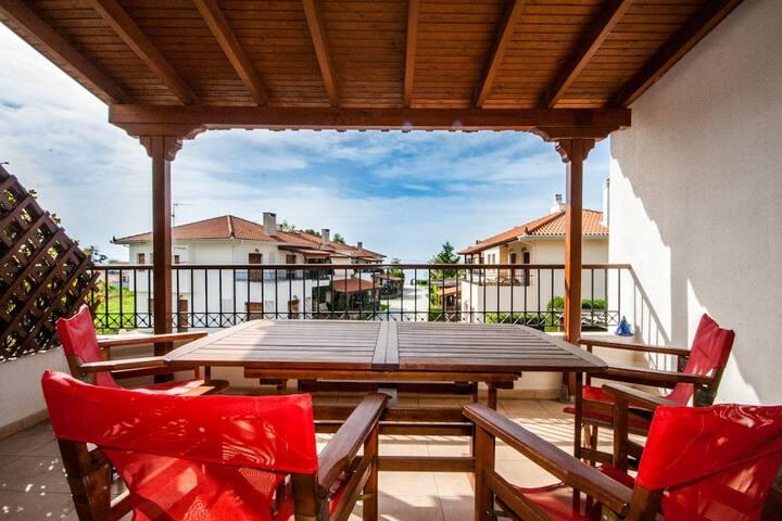 Bright and airy vacation apartment 50 sq.meter. - Platanidia - Lägenhet