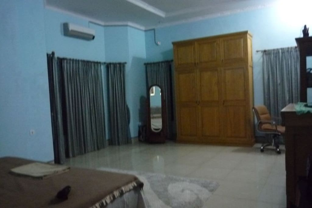 Ensuite Huge Master Bedroom Gym Houses For Rent In Balikpapan East Kalimantan Indonesia