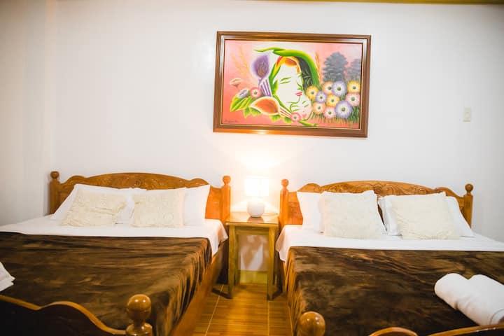 Villa Marii - Clean & Cozy Room #2-Breakfast for 2