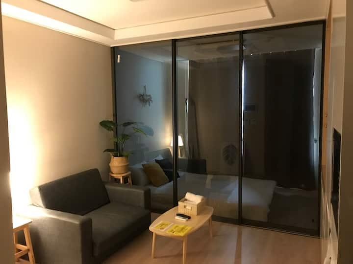 [부천시청역] 3min 호텔 컨디션의 아늑한 숙소