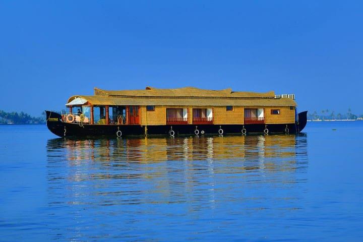 CASABLANCA HOUSEBOAT , Alleppey/ Alapuzha. - Alappuzha - Boat