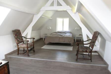Beautiful House 5mn from the beach - Sainte-Marguerite-sur-Mer - Hus