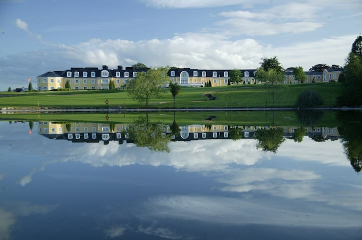 Wolseley Holiday Lodges - Tullow - House