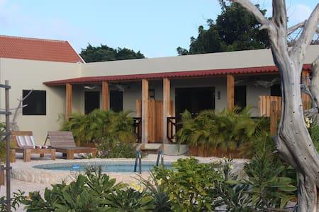 balot'splace 2 pers luxe studio guesthouse bonaire - Kralendijk