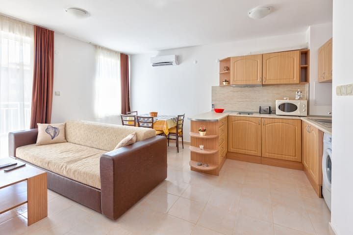 Holiday apartment 100m to beach - Sveti Vlas - Apartamento