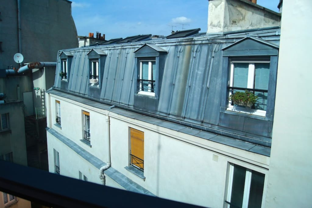 Suite Baudelaire - Classical Paris Tin roofs