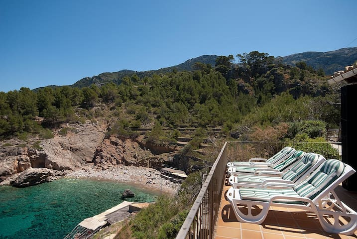 Nice casita with seaview in Cala Deia 2