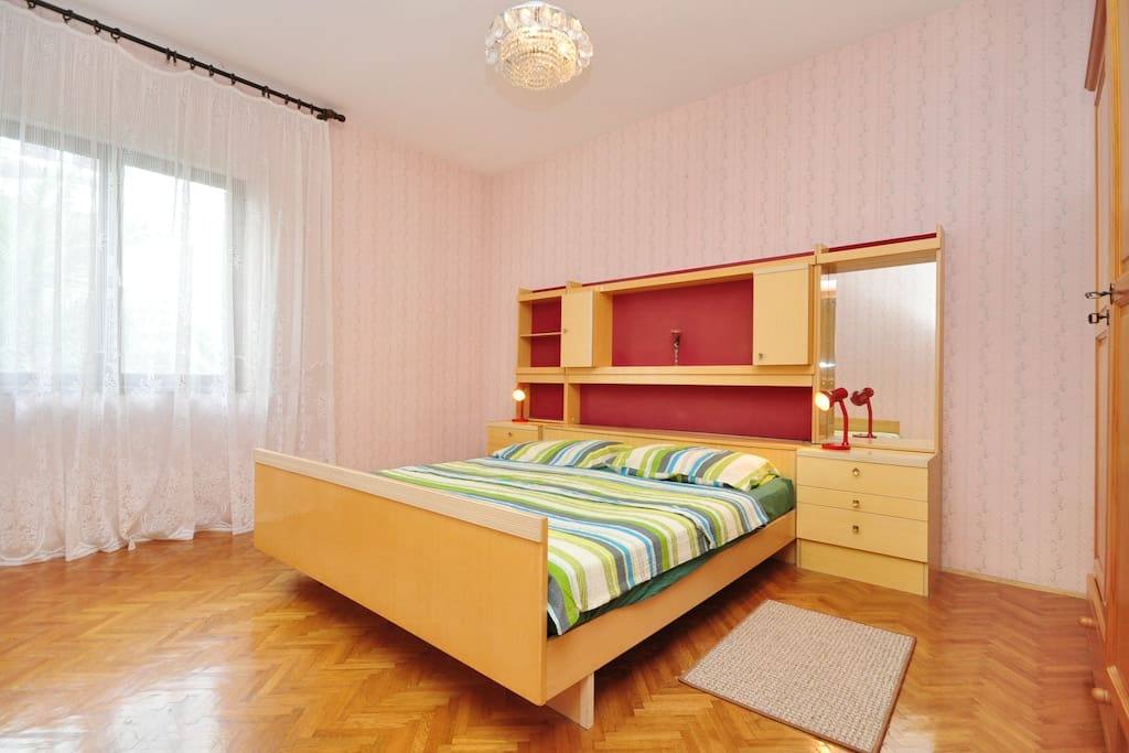 Bedroom no 1 with double bed