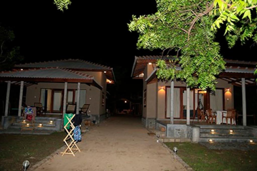 Nagenahira Beach Villas at dusk