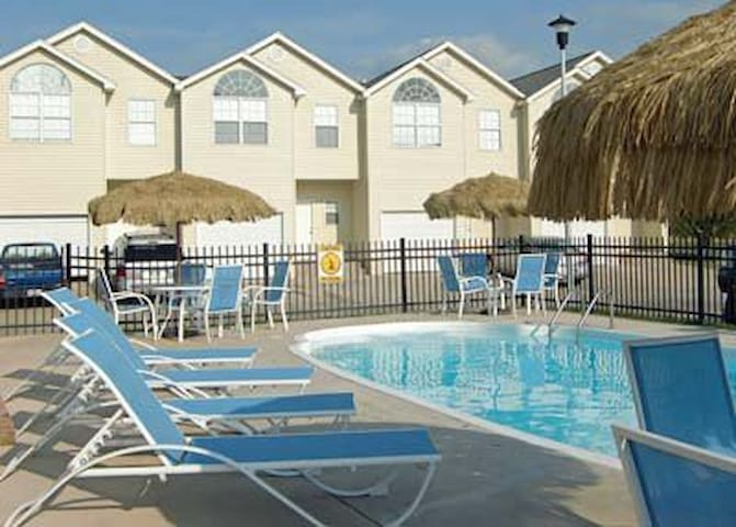 2 BD 2BA Southwind Resorts W/ Wi-Fi - Biloxi - House