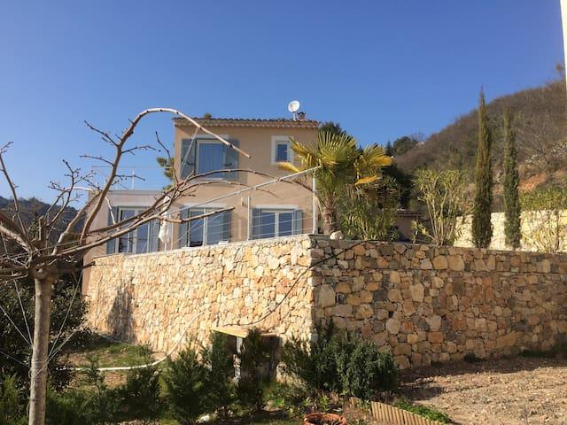 Menton, côte d'azur villa piscine - Castillon - Vila