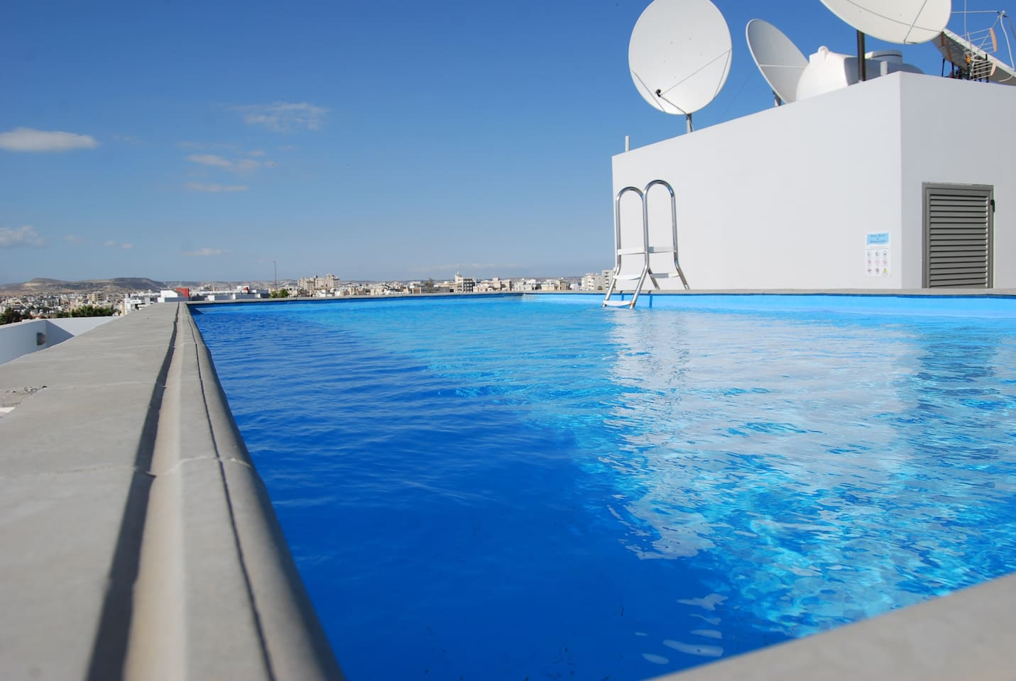 Pool on the roof. You should try it!!