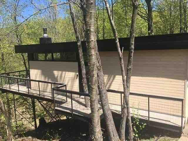 Cabin Sutton 252 Une cabane / luxe dans les arbres