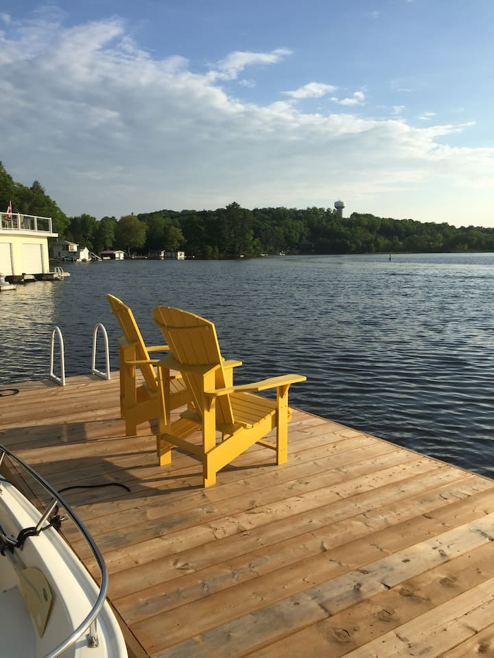 New Cottage in the Heart of Muskoka.
