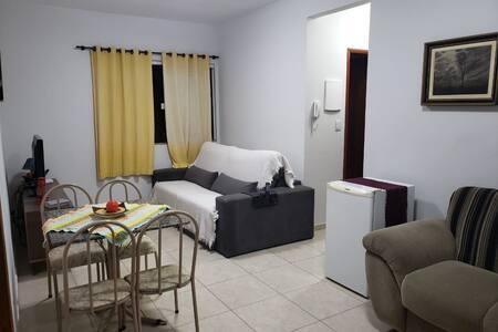 Ótimo apartamento/Completo