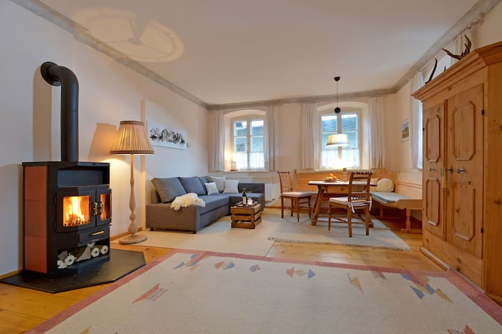 Romantic alpine apartment close to the town center