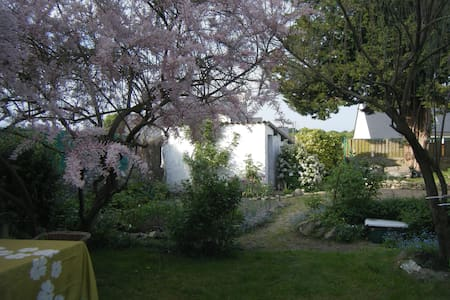 Bretagne Sud - Loue chambres maison - Locminé